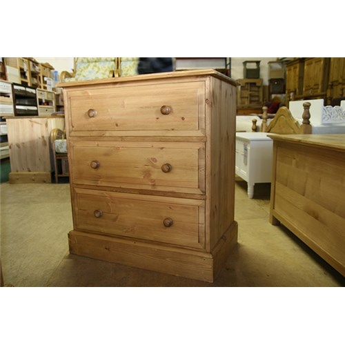 waxed solid pine 30 3 drawer pine chest of drawers deep kennedys furniture clacton on sea. Black Bedroom Furniture Sets. Home Design Ideas